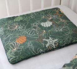 Jastuk za bebe 30x40 Školjkice i zelena